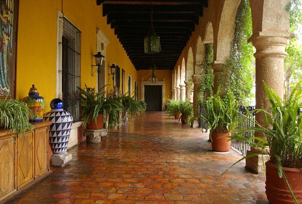 Hacienda-el-Carmen-Mexico-corredor-fachada