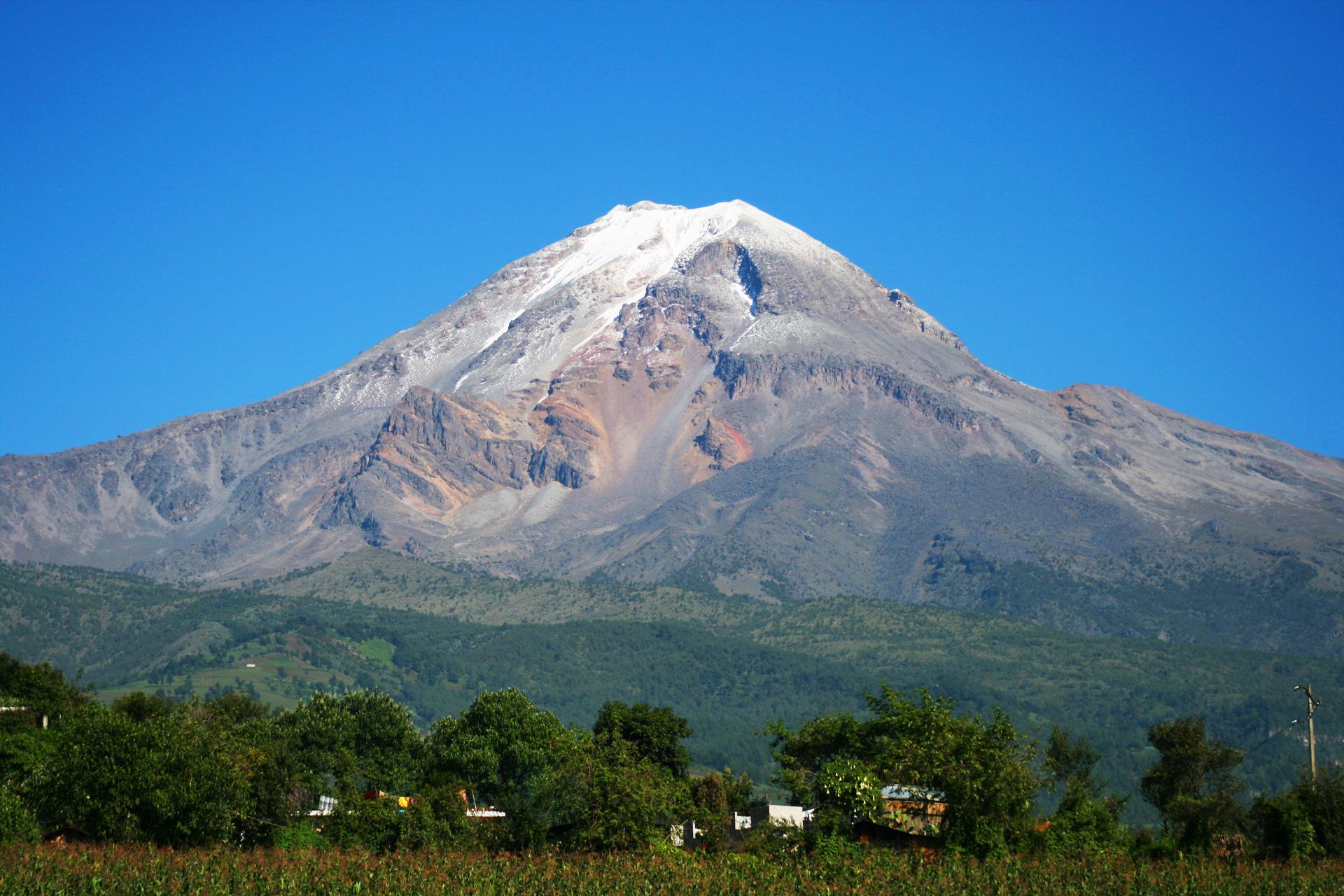 pico_de_orizaba_desde_el_pueblo_3_big